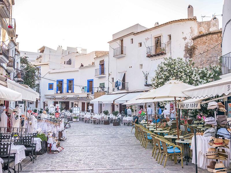 visitare la città di Ibiza